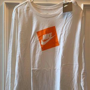 Nike Futura Box Long Sleeve White T-Shirt XL NWT